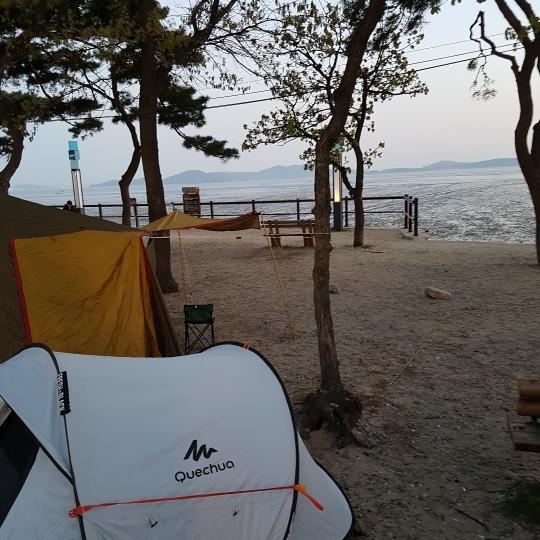 동막해수욕장에서 즐거운 캠핑